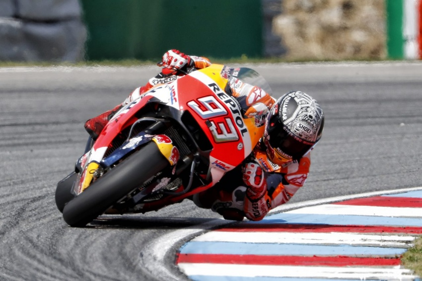 MotoGP champ Marquez – two more years with Honda Image #783845