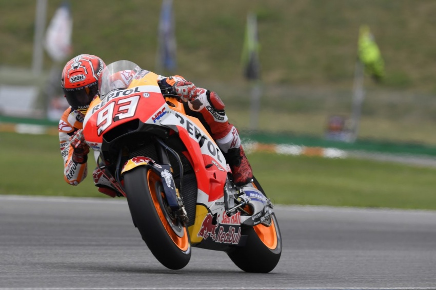 MotoGP champ Marquez – two more years with Honda Image #783847