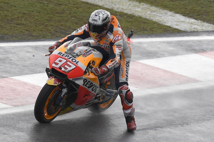 MotoGP champ Marquez – two more years with Honda Image #783857