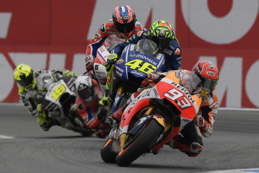 MotoGP champ Marquez – two more years with Honda Image #783833