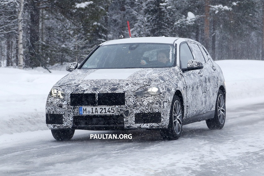 SPYSHOTS: BMW 1 Series wearing production lights Image #782289