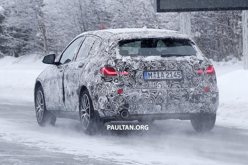 SPYSHOTS: BMW 1 Series wearing production lights Image #782298