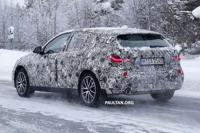 SPYSHOTS: BMW 1 Series wearing production lights Image #782295