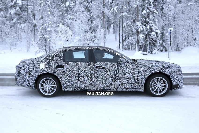 SPYSHOTS: Next-gen Mercedes-Benz S-Class spotted Image #777686