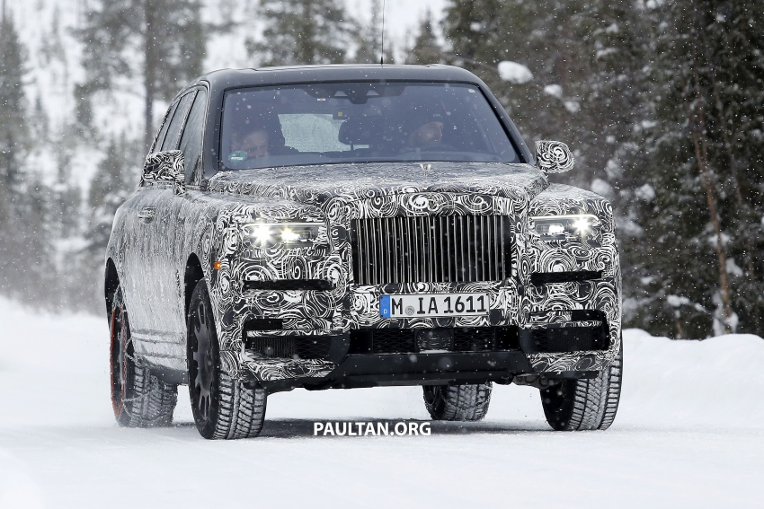 Rolls-Royce Cullinan Viewing Suite – luxury for two Image #781550
