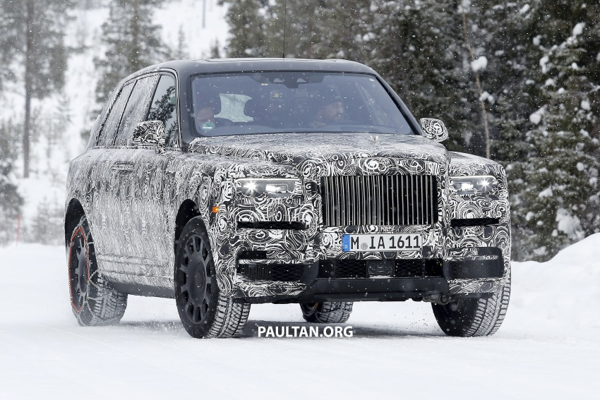 Rolls-Royce Cullinan Viewing Suite – luxury for two Image #781551