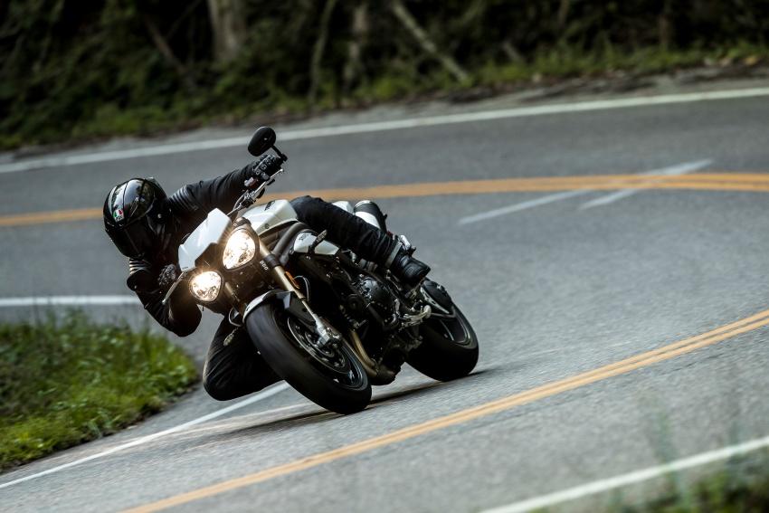 Triumph Speed Triple – kuasa ditingkat, lebih canggih Image #775613