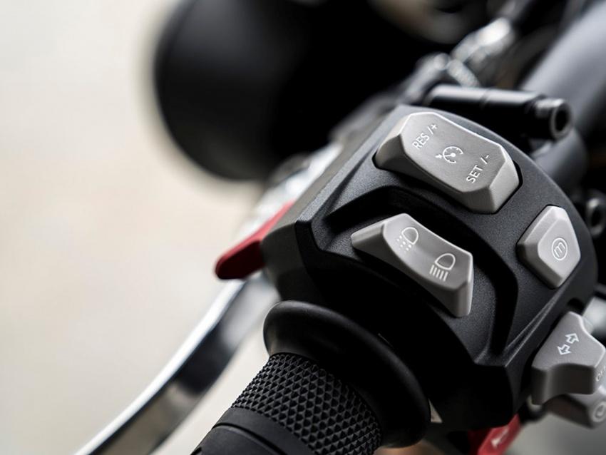 Triumph Speed Triple – kuasa ditingkat, lebih canggih Image #775632