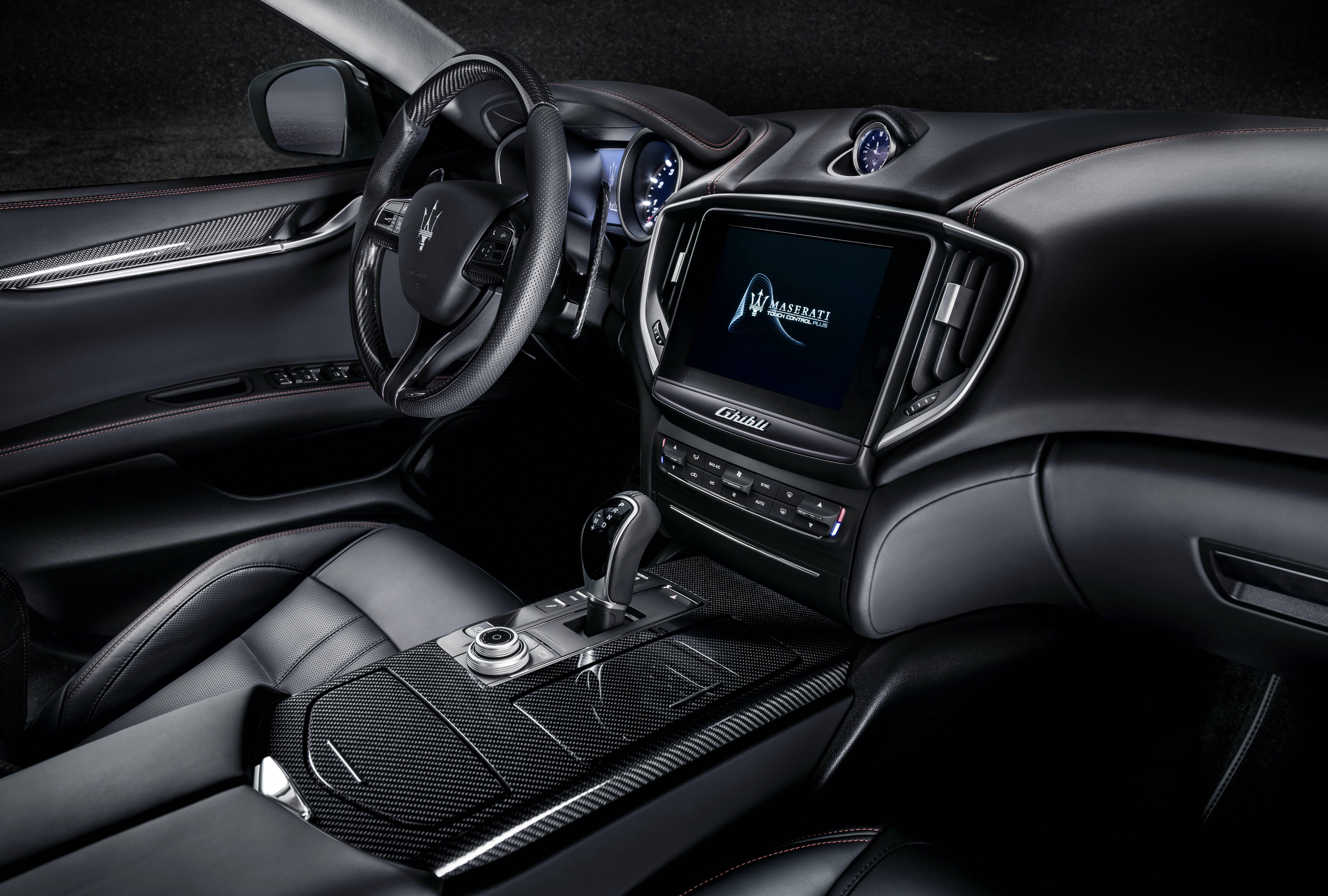 https://s2.paultan.org/image/2018/03/06-Maserati-Ghibli-GranSport.jpg