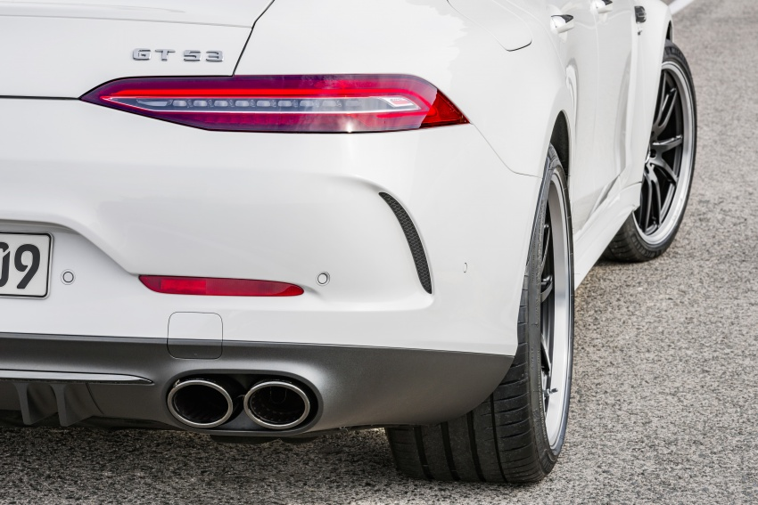 Mercedes-AMG GT 4-Door Coupe officially debuts in Geneva – up to 630 hp, 0-100 km/h in 3.2 seconds Image #787196