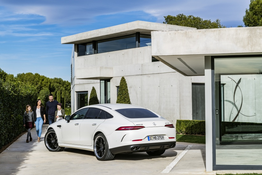 Mercedes-AMG GT 4-Door Coupe officially debuts in Geneva – up to 630 hp, 0-100 km/h in 3.2 seconds Image #787209