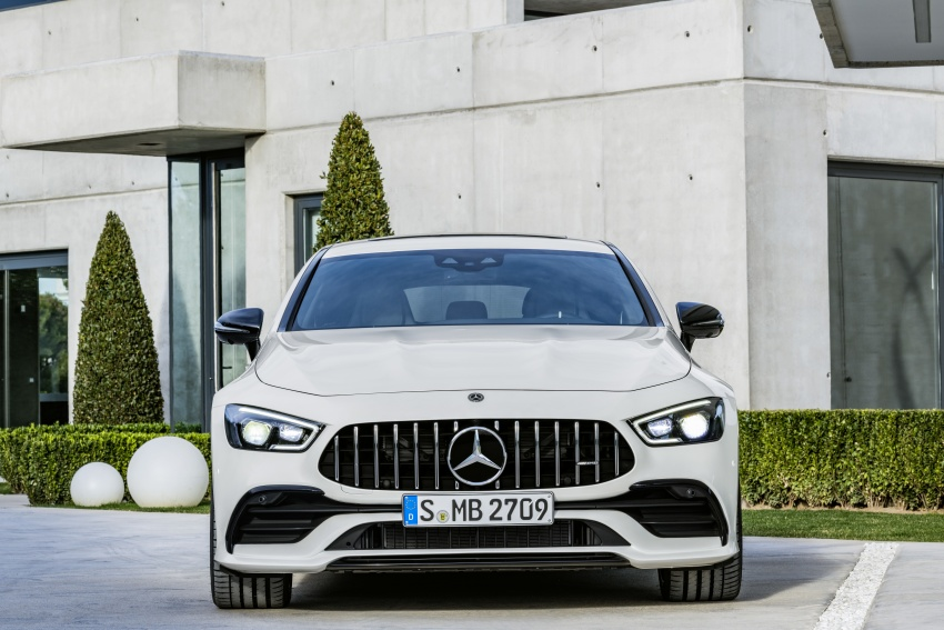 Mercedes-AMG GT 4-Door Coupe officially debuts in Geneva – up to 630 hp, 0-100 km/h in 3.2 seconds Image #787212