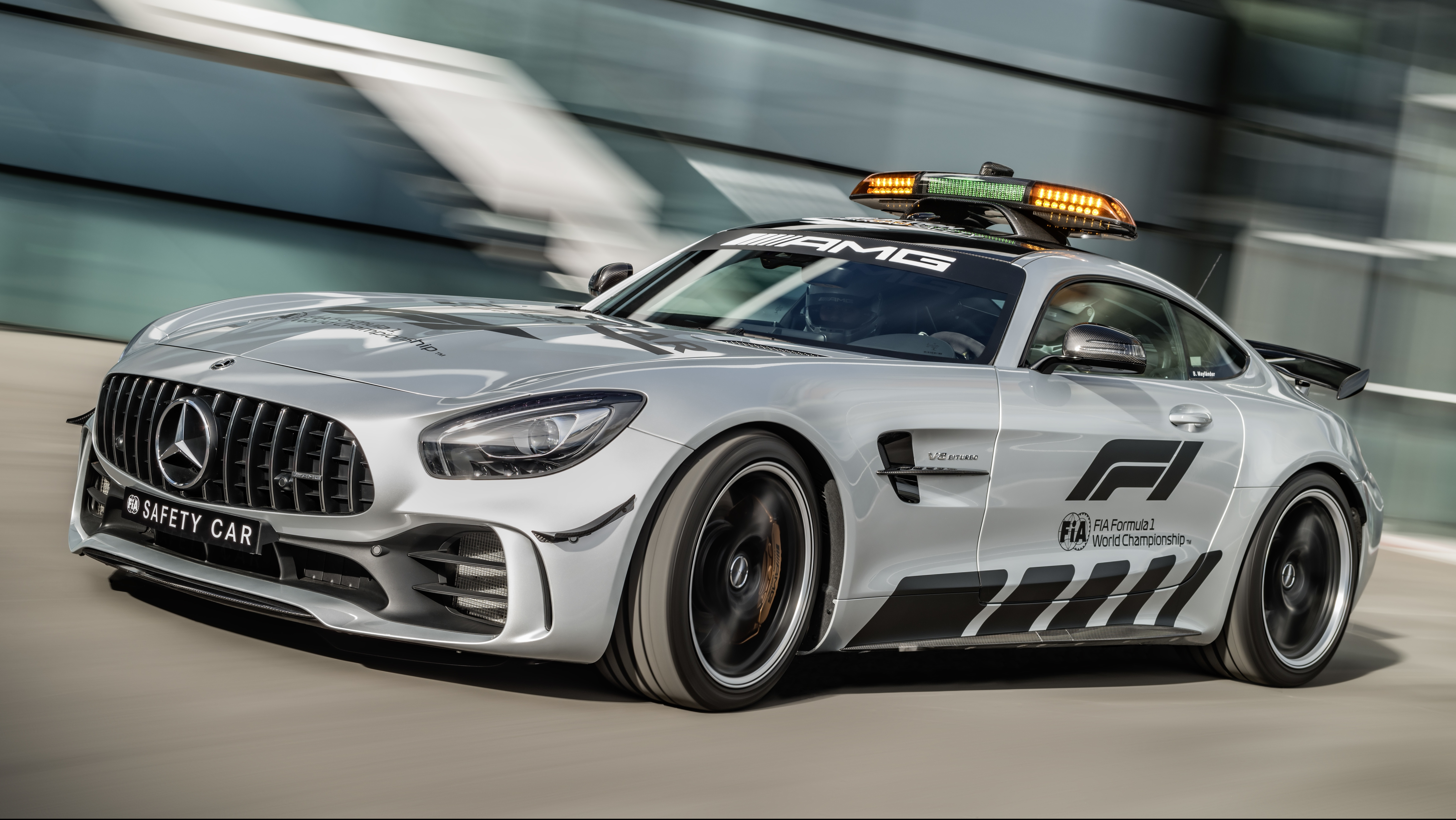 Mercedes amg gt r most powerful f1 safety car paul tan for Mercedes benz f1