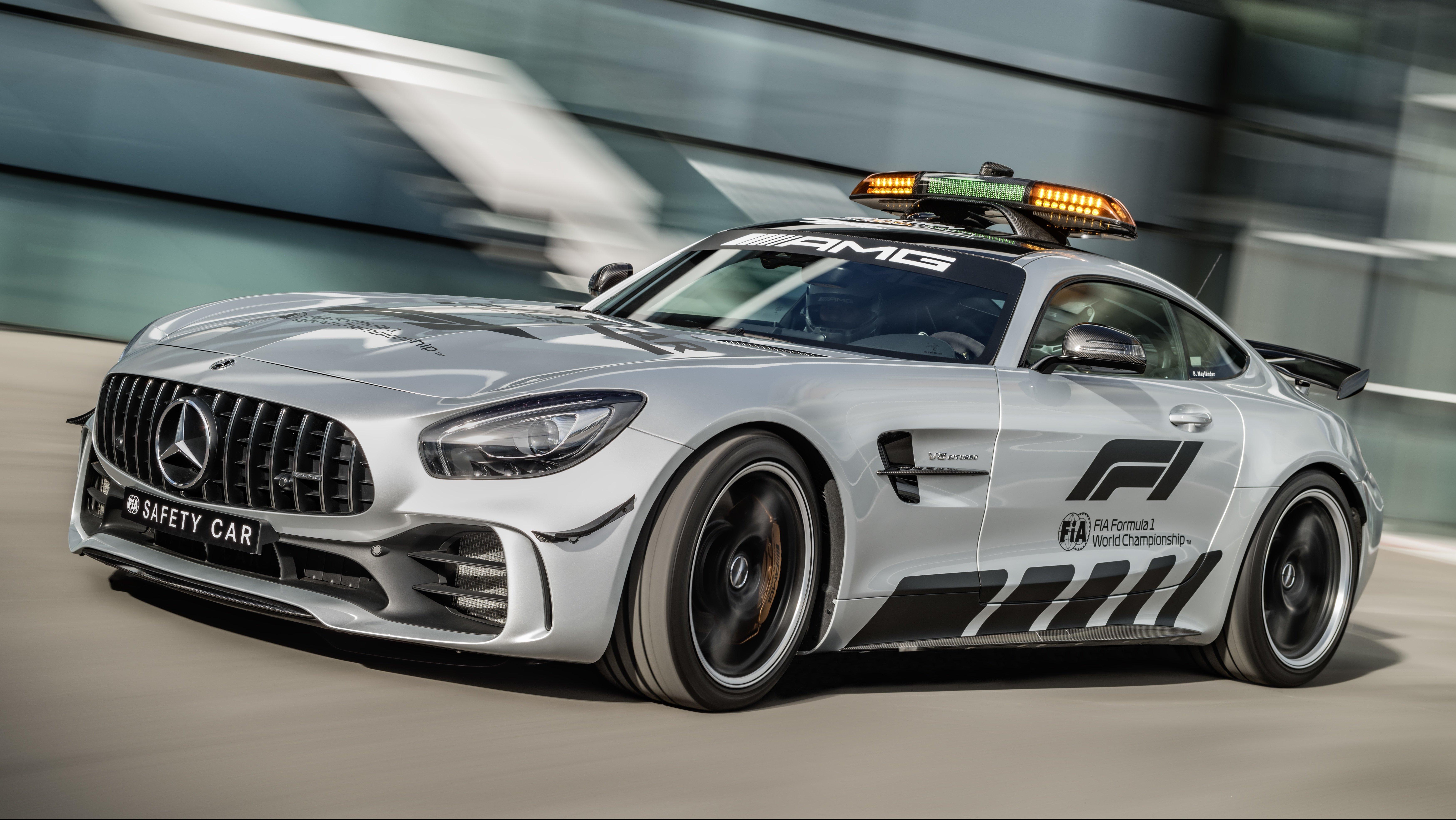 Mercedes amg gt r most powerful f1 safety car paul tan for Mercedes benz f1