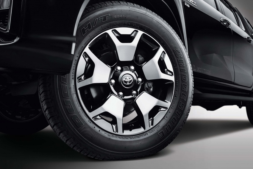Toyota Hilux <em>facelift</em> 2018 kini di M'sia – diperkenalkan dalam versi L-Edition, 2.4L dan 2.8L, bermula RM119k Image #790515