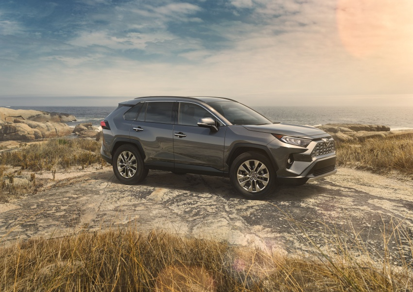 2019 Toyota RAV4 makes its New York debut – TNGA platform, Dynamic Force engines, all-new styling Image #797776