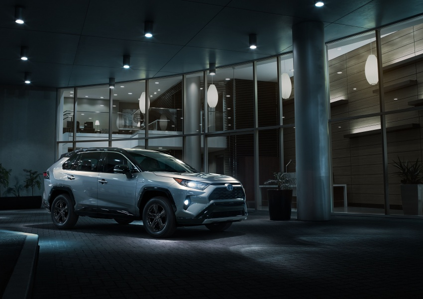2019 Toyota RAV4 makes its New York debut – TNGA platform, Dynamic Force engines, all-new styling Image #797786