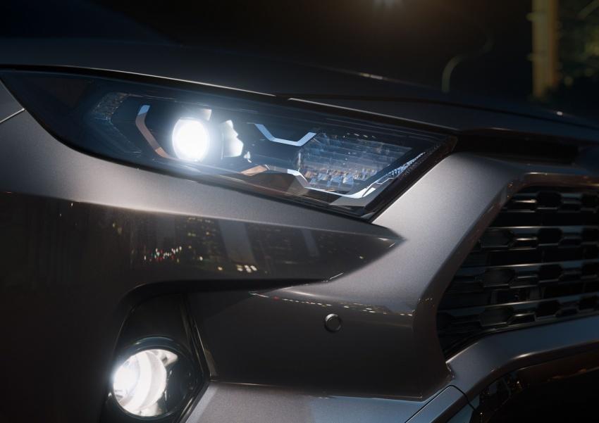 Toyota RAV4 tiba di New York – guna platform TNGA, enjin Dynamic Force, penggayaan serba baharu Image #797954