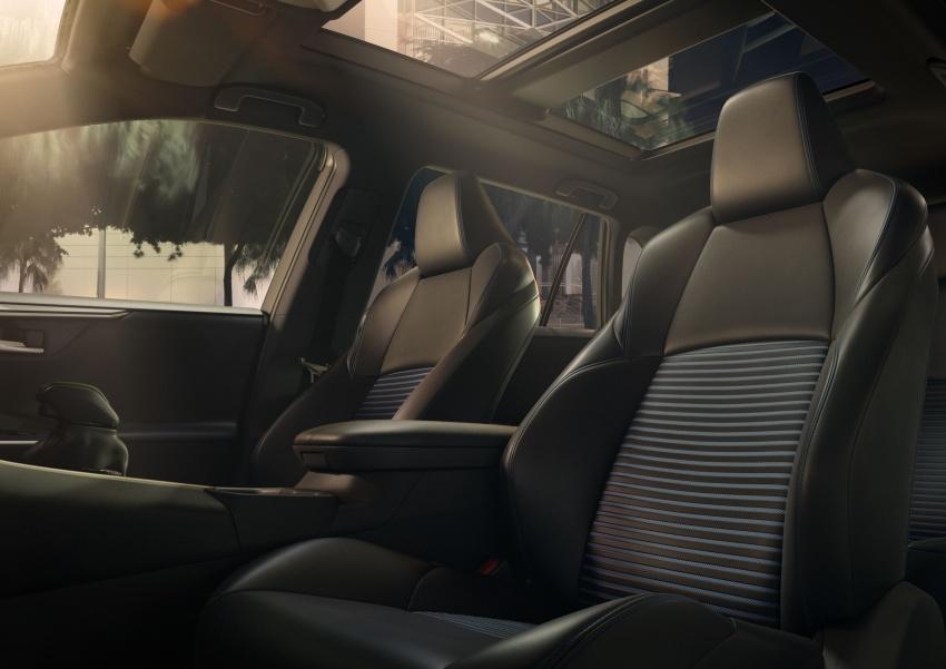 2019 Toyota RAV4 makes its New York debut – TNGA platform, Dynamic Force engines, all-new styling Image #797797