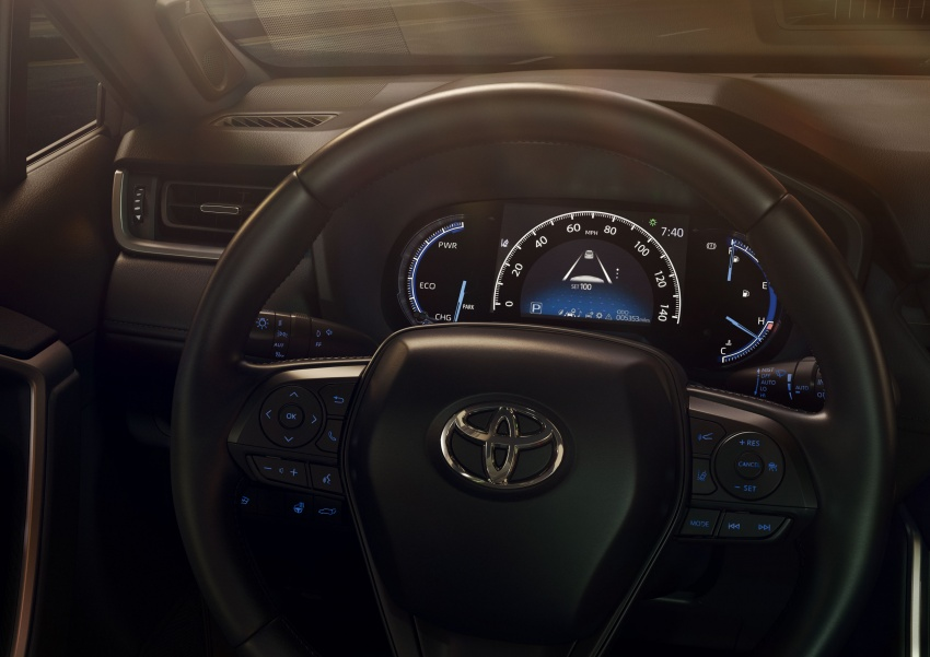 2019 Toyota RAV4 makes its New York debut – TNGA platform, Dynamic Force engines, all-new styling Image #797798