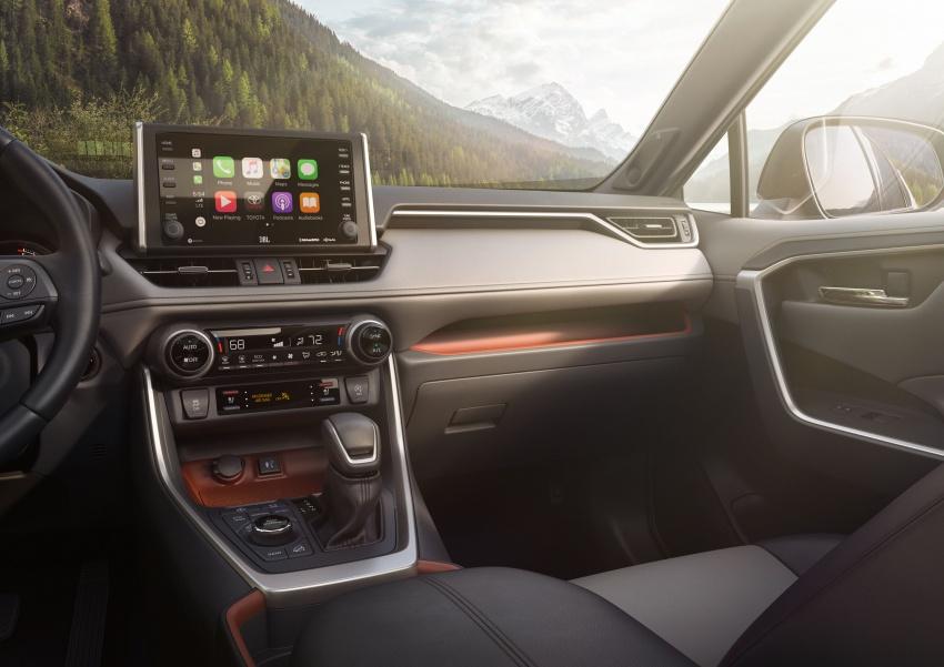 2019 Toyota RAV4 makes its New York debut – TNGA platform, Dynamic Force engines, all-new styling Image #797799