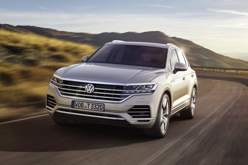 2019 Volkswagen Touareg debuts with 15-inch display Image #795553