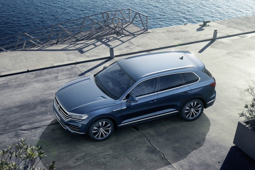 2019 Volkswagen Touareg debuts with 15-inch display Image #795567