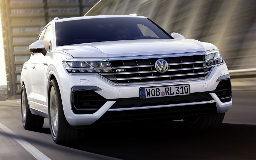 2019 Volkswagen Touareg debuts with 15-inch display Image #795575