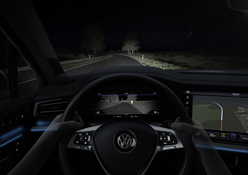 2019 Volkswagen Touareg debuts with 15-inch display Image #795518