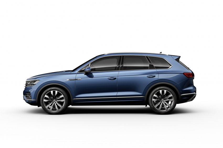2019 Volkswagen Touareg debuts with 15-inch display Image #795580