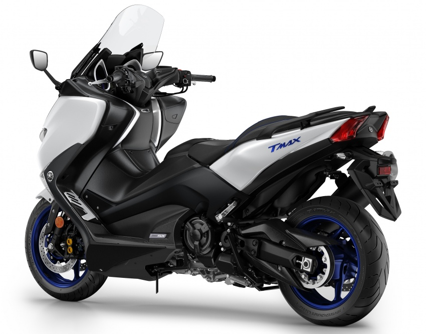2018 Yamaha TMax in Europe – new SX and DX version Image #789073