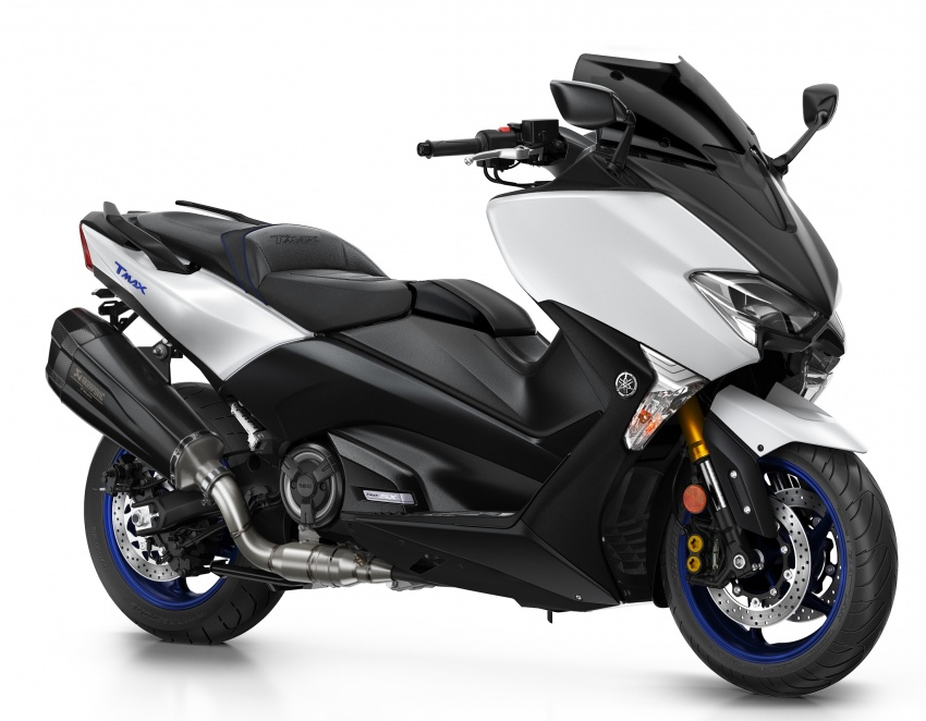 2018 Yamaha TMax in Europe – new SX and DX version Image #789074