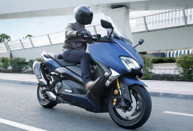 2018 Yamaha TMax in Europe - new SX and DX version