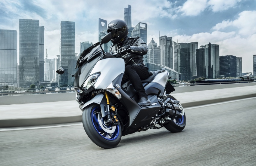 2018 Yamaha TMax in Europe – new SX and DX version Image #789078
