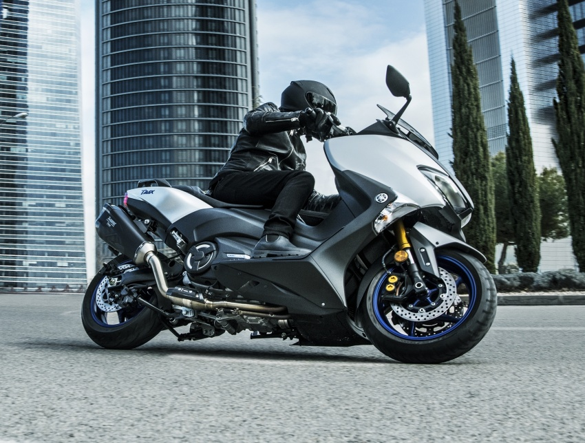 2018 Yamaha TMax in Europe – new SX and DX version Image #789079
