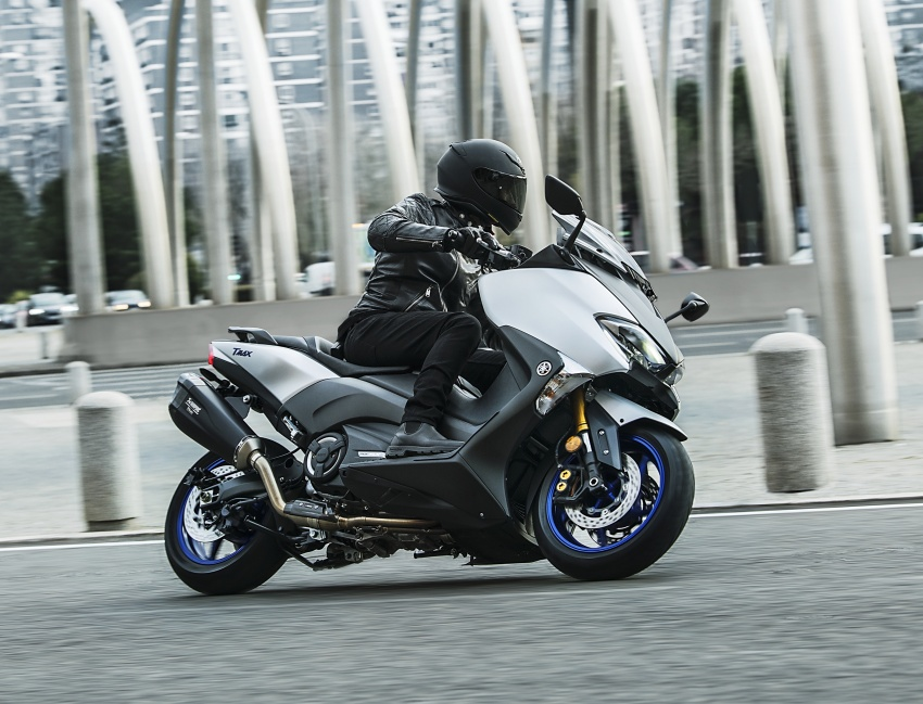 2018 Yamaha TMax in Europe – new SX and DX version Image #789081