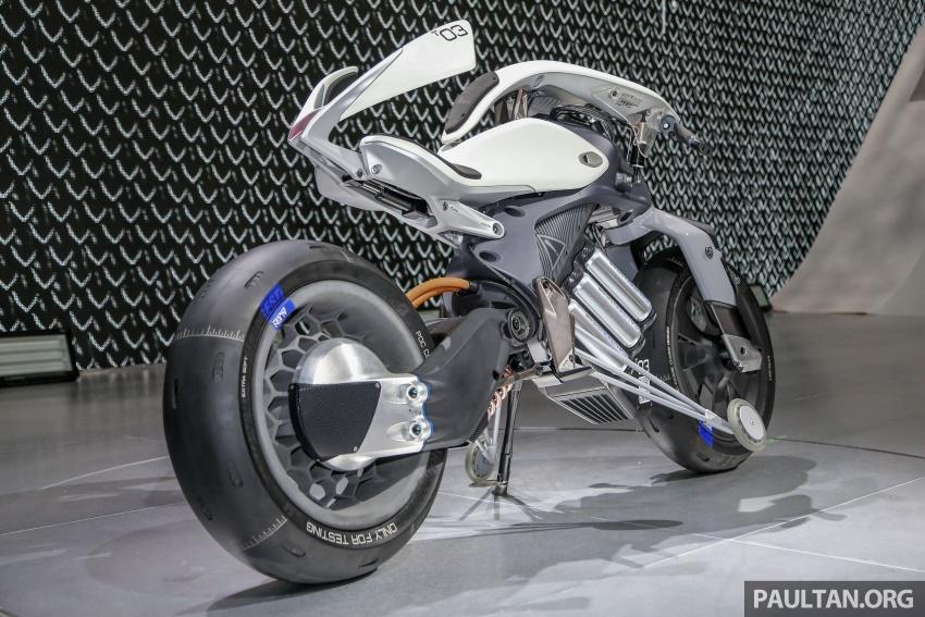 GALLERY: 2017 Yamaha Qbix and Motoroid concept Image #799128
