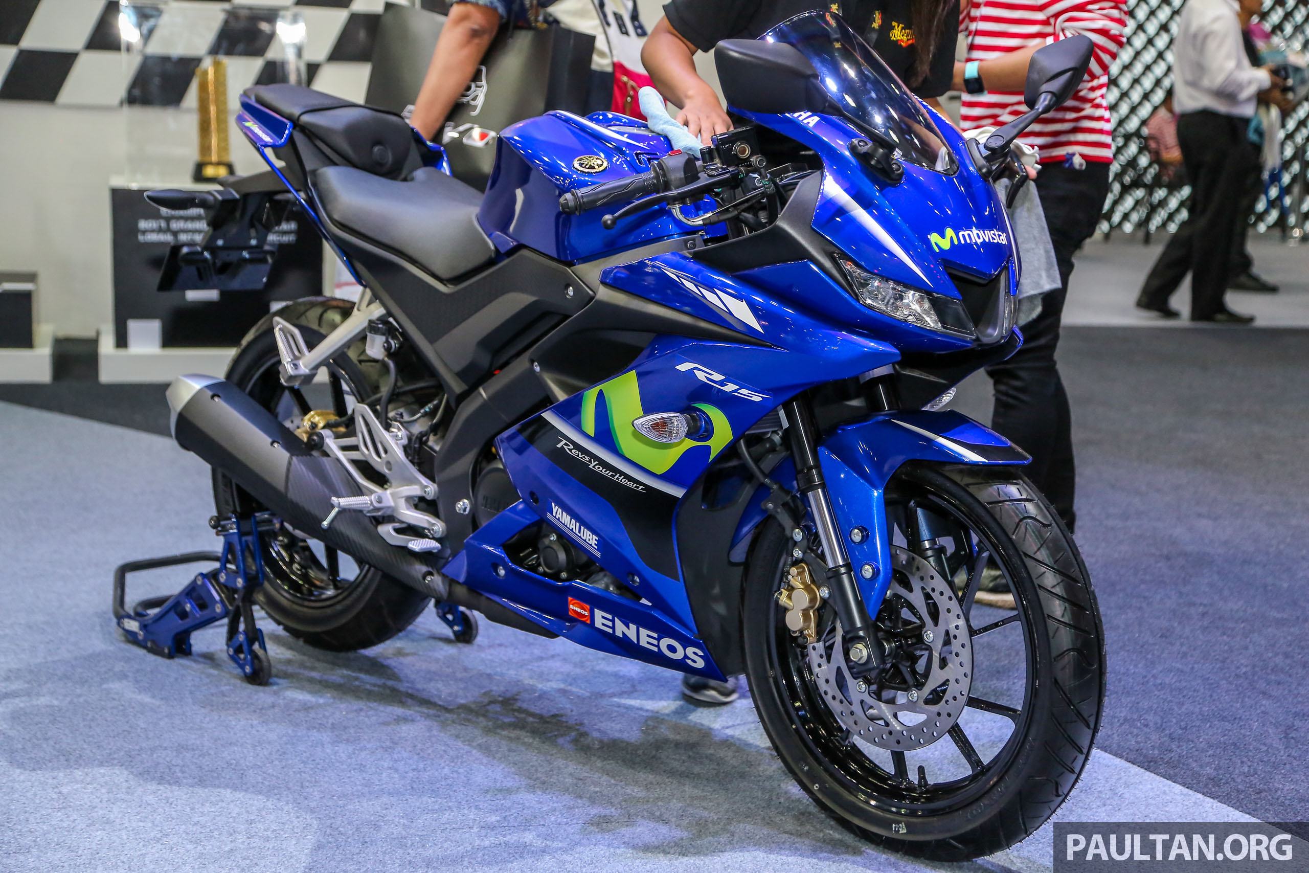GALLERY: 2018 Yamaha YZF-R3 and R15 sports bikes