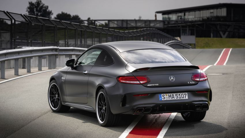 Mercedes-AMG C63 facelift debuts with new 9G auto Image #955904