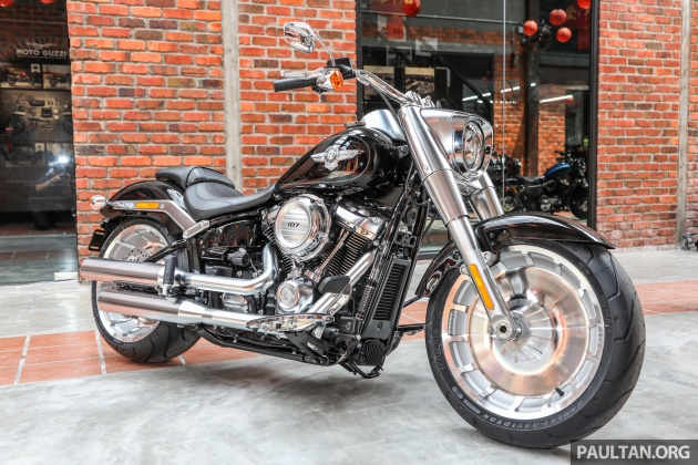 first look 2018 harley davidsons in malaysia. Black Bedroom Furniture Sets. Home Design Ideas