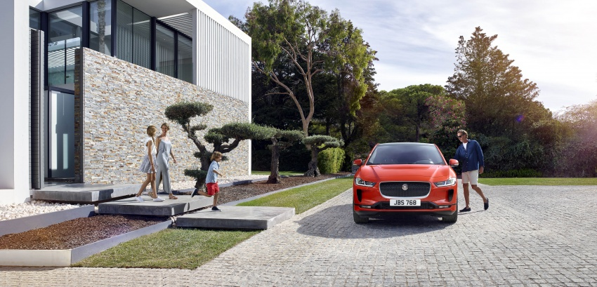 Jaguar I-Pace – brand's first all-electric vehicle debuts with 400 PS, 0-100 km/h in 4.8 seconds, 480 km range Image #784914