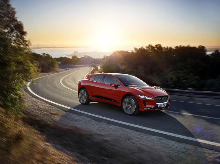 Jaguar I-Pace – brand's first all-electric vehicle debuts with 400 PS, 0-100 km/h in 4.8 seconds, 480 km range Image #784919