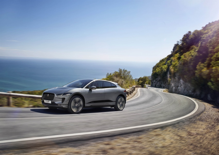 Jaguar I-Pace – brand's first all-electric vehicle debuts with 400 PS, 0-100 km/h in 4.8 seconds, 480 km range Image #784920