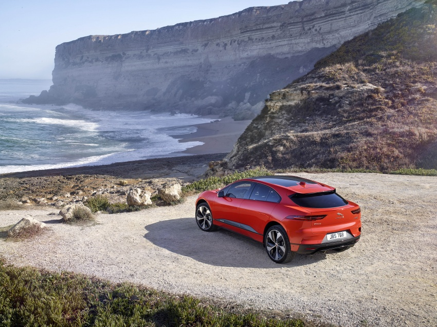 Jaguar I-Pace – brand's first all-electric vehicle debuts with 400 PS, 0-100 km/h in 4.8 seconds, 480 km range Image #784902