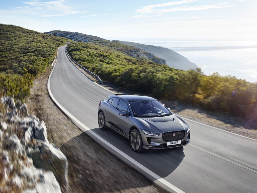 Jaguar I-Pace – brand's first all-electric vehicle debuts with 400 PS, 0-100 km/h in 4.8 seconds, 480 km range Image #784922