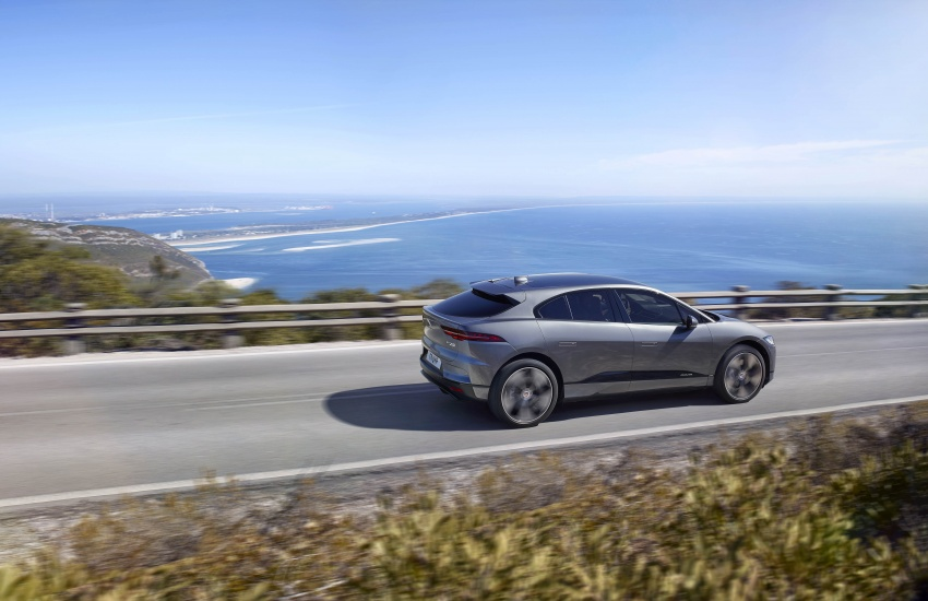 Jaguar I-Pace – brand's first all-electric vehicle debuts with 400 PS, 0-100 km/h in 4.8 seconds, 480 km range Image #784923
