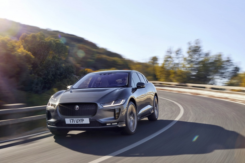 Jaguar I-Pace – brand's first all-electric vehicle debuts with 400 PS, 0-100 km/h in 4.8 seconds, 480 km range Image #784929