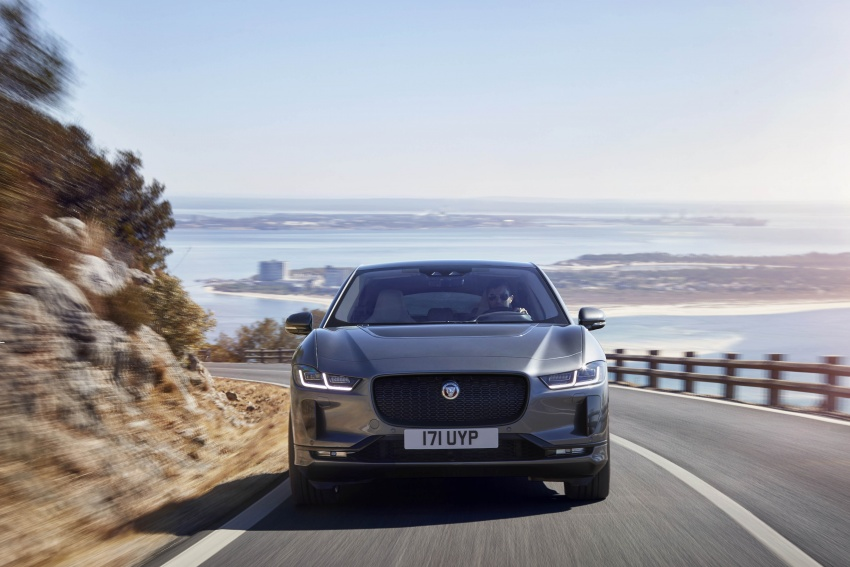 Jaguar I-Pace – brand's first all-electric vehicle debuts with 400 PS, 0-100 km/h in 4.8 seconds, 480 km range Image #784932