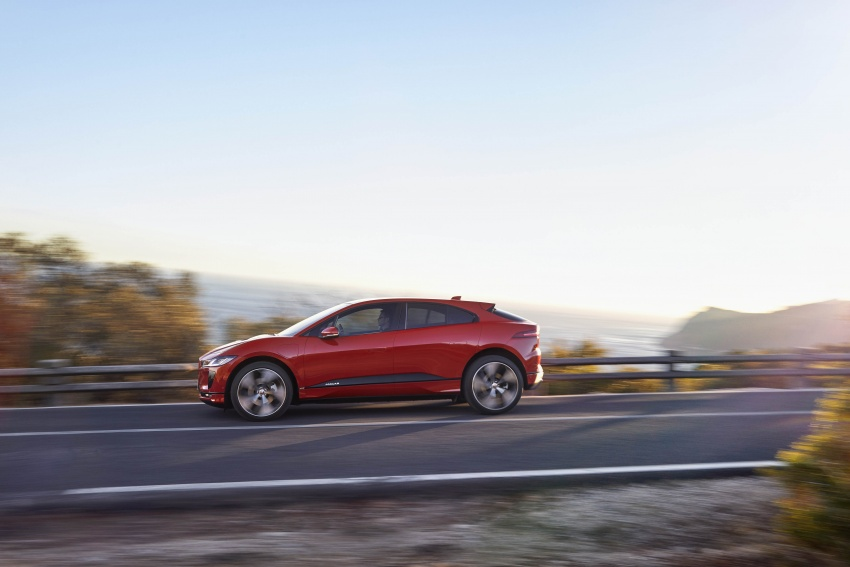 Jaguar I-Pace – brand's first all-electric vehicle debuts with 400 PS, 0-100 km/h in 4.8 seconds, 480 km range Image #784935