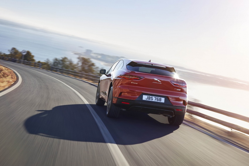 Jaguar I-Pace – brand's first all-electric vehicle debuts with 400 PS, 0-100 km/h in 4.8 seconds, 480 km range Image #784936